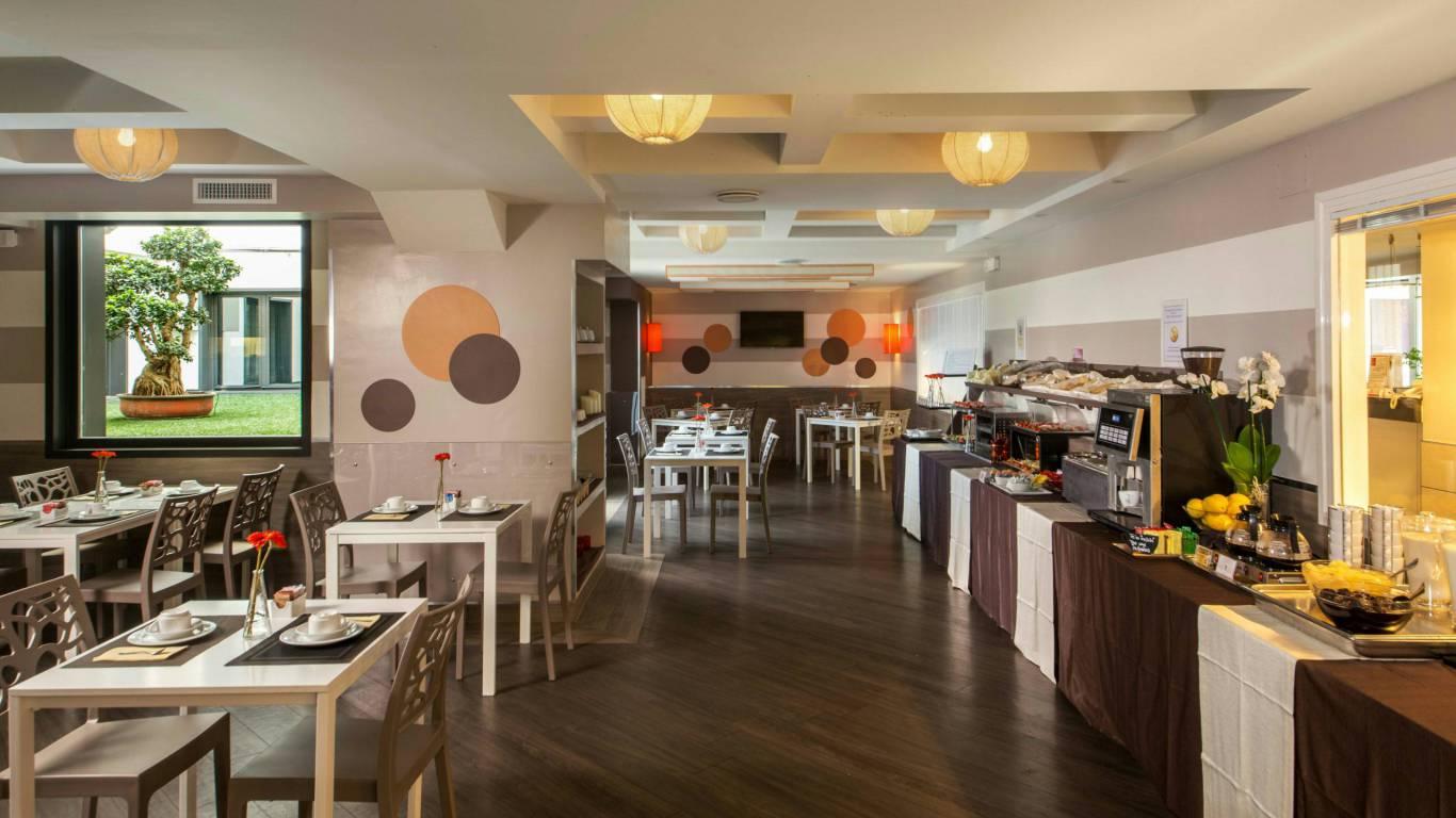 hotel-domidea-rome-breakfast-04