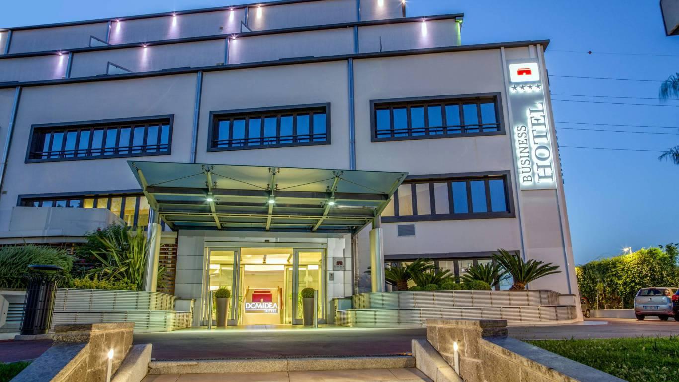 hotel-domidea-rome-external-03