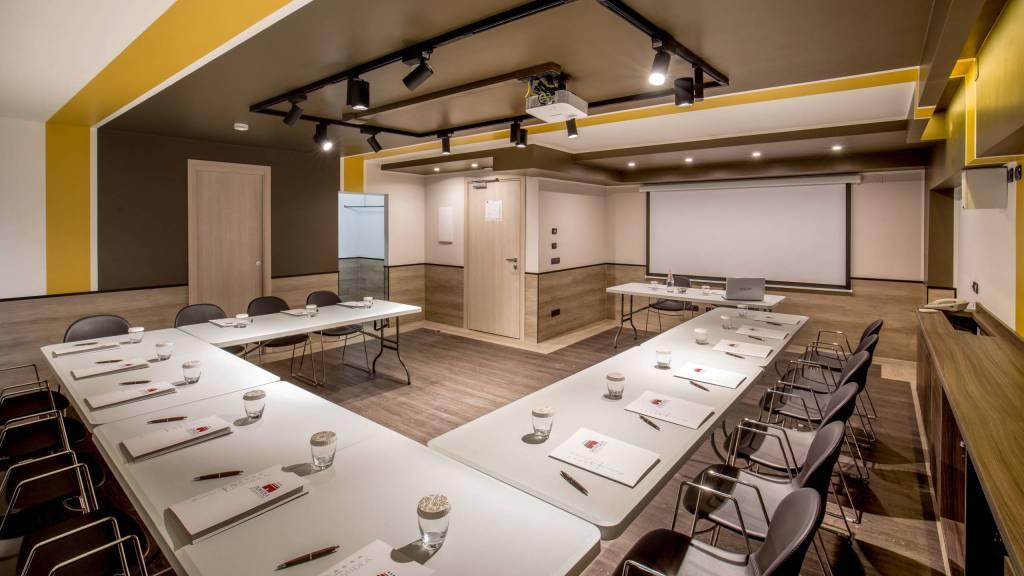 Domidea-Business-Hotel-Rome-meeting-hall3079