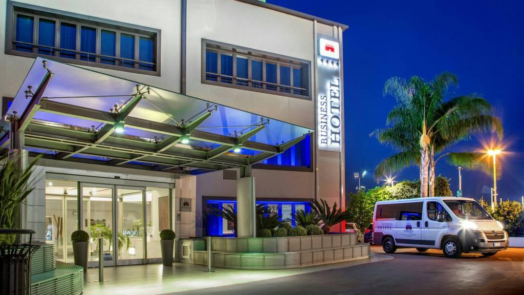 Domidea-Business-Hotel-Rome-external-04