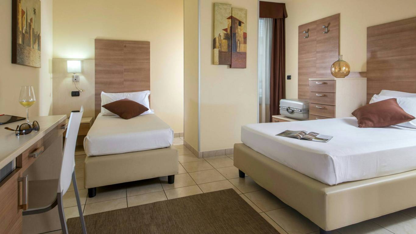 Domidea-Business-Hotel-Rome-rooms-11