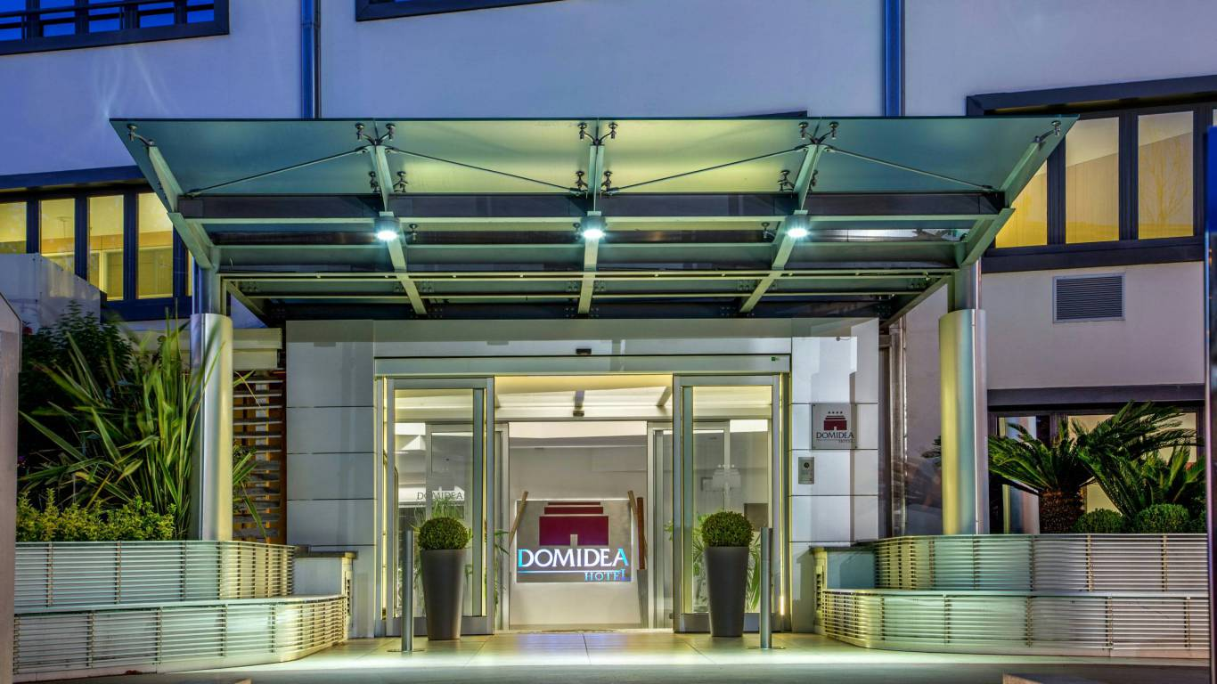 Domidea-Business-Hotel-Rome-external-05