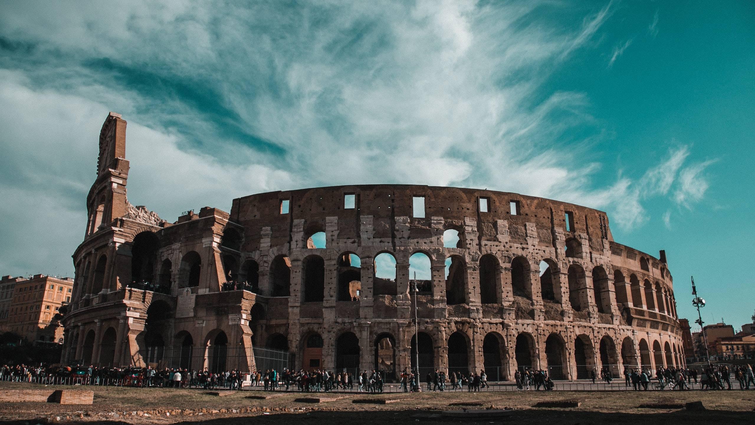Domidea-Business-Hotel-Rome-colosseum-1