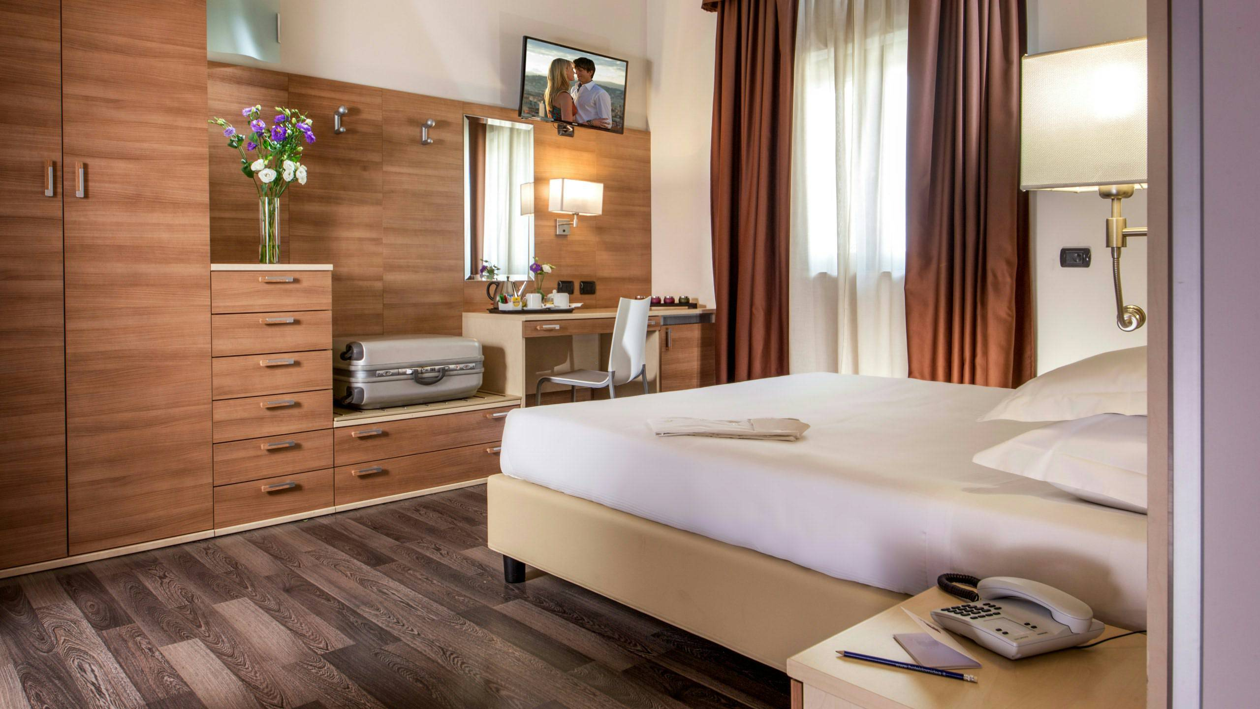 Domidea-Business-Hotel-Rome-rooms-09