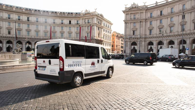 Domidea-Business-Hotel-Rome-shuttle-service-01-2
