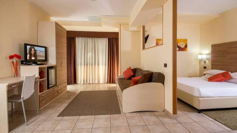 Domidea-Business-Hotel-Rome-rooms-07