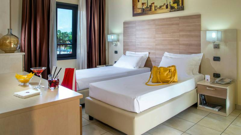 Domidea-Business-Hotel-Rome-rooms-14
