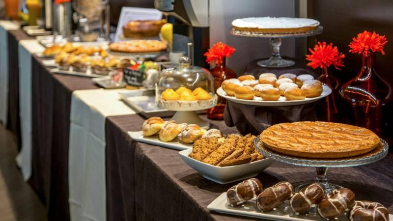 Domidea-Business-Hotel-Rome-breakfast-12